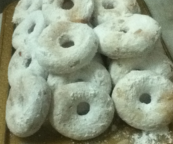 صورة كيفية طريقة ميني دونات سهله ولذيذة وسريعه pictures arabian doughnut recipes donuts in arabic easy