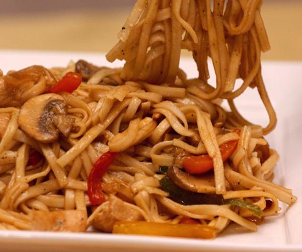 http://www.encyclopediacooking.com/assesst/img/macaroni-pasta-recipes-in-arabic-middle-eastern-17-recipe.jpg
