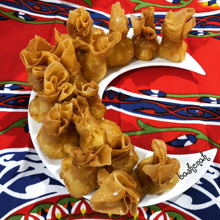 http://www.encyclopediacooking.com/food-recipes-photos/arabic-food-cooking-recipes-in-arabic-yasmeen-al-turki-1.jpg