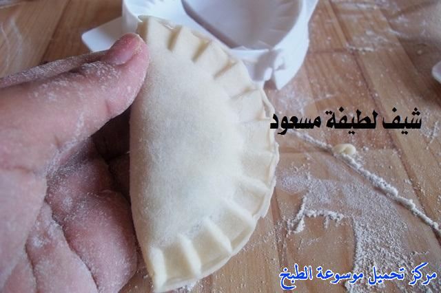 http://www.encyclopediacooking.com/upload_recipes_online/uploads/images_easy-cooking-samosa-recipes-in-arabic-%D8%B5%D9%88%D8%B1%D8%A9-%D8%B9%D9%85%D9%84-%D8%B3%D9%85%D8%A8%D9%88%D8%B3%D8%A9-%D9%84%D8%B7%D9%8A%D9%81%D8%A9-%D9%85%D8%B3%D8%B9%D9%88%D8%AF32.jpg