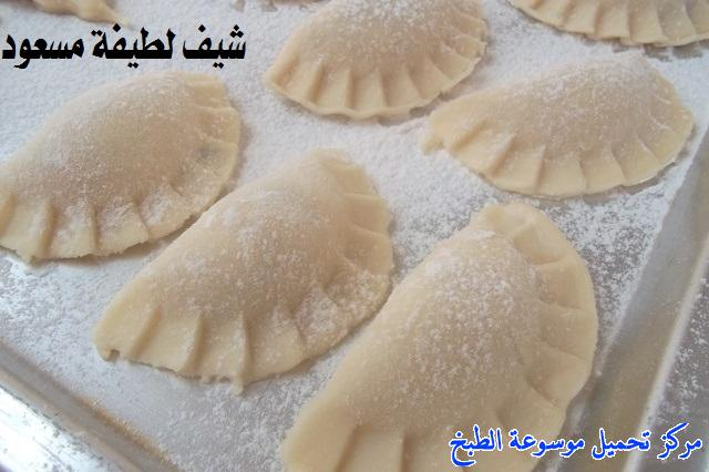 http://www.encyclopediacooking.com/upload_recipes_online/uploads/images_easy-cooking-samosa-recipes-in-arabic-%D8%B5%D9%88%D8%B1%D8%A9-%D8%B9%D9%85%D9%84-%D8%B3%D9%85%D8%A8%D9%88%D8%B3%D8%A9-%D9%84%D8%B7%D9%8A%D9%81%D8%A9-%D9%85%D8%B3%D8%B9%D9%88%D8%AF37.jpg
