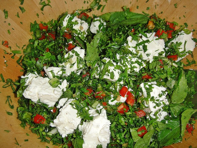 http://www.encyclopediacooking.com/upload_recipes_online/uploads/images_how-to-make-best-easy-homemade-freekeh-salad-recipe5.jpg