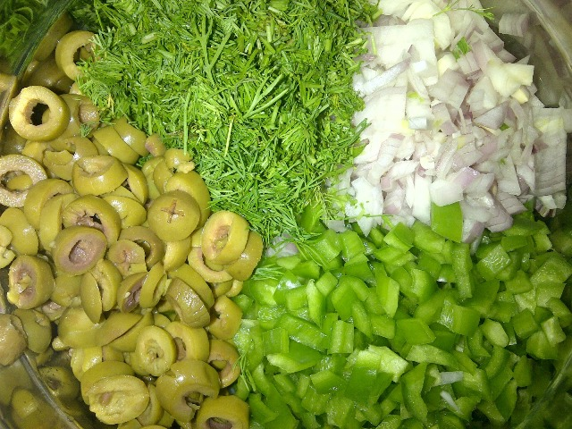 http://www.encyclopediacooking.com/upload_recipes_online/uploads/images_how-to-make-best-easy-homemade-potato-olive-salad-recipe4.jpg