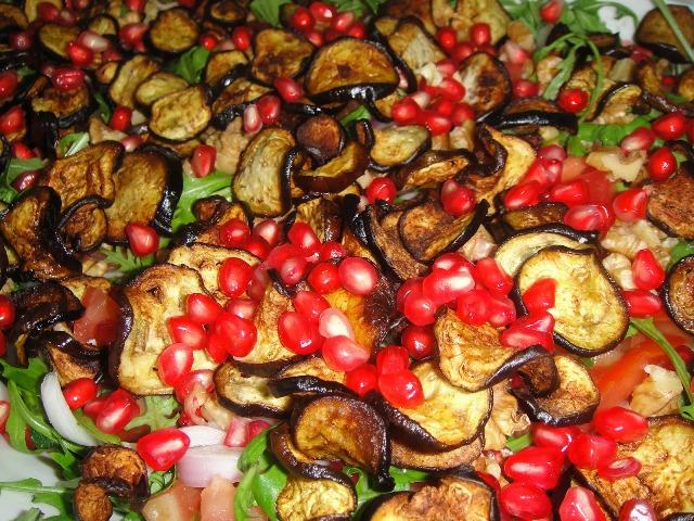 http://www.encyclopediacooking.com/upload_recipes_online/uploads/images_how-to-make-easy-homemade-aubergine-pomegranate-salad-recipe.jpg