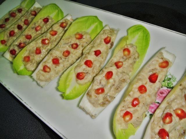 http://www.encyclopediacooking.com/upload_recipes_online/uploads/images_how-to-make-easy-homemade-eggplant-baba-ganoush-salad-recipe8.jpg