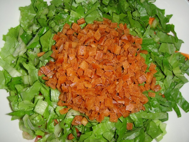 http://www.encyclopediacooking.com/upload_recipes_online/uploads/images_how-to-make-easy-homemade-lebanese-fattoush-salad-recipe-with-dressing4.jpg