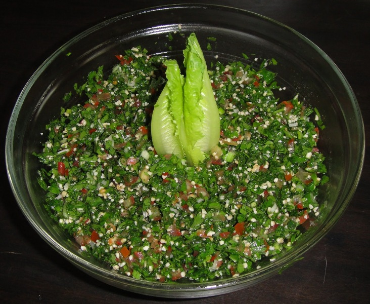http://www.encyclopediacooking.com/upload_recipes_online/uploads/images_how-to-make-easy-homemade-tabbouleh-salad-recipe.jpg
