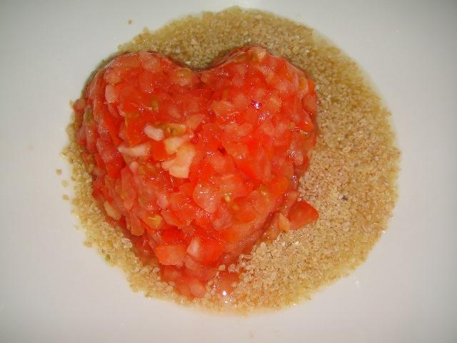 http://www.encyclopediacooking.com/upload_recipes_online/uploads/images_how-to-make-easy-homemade-tabbouleh-salad-recipe3.jpg