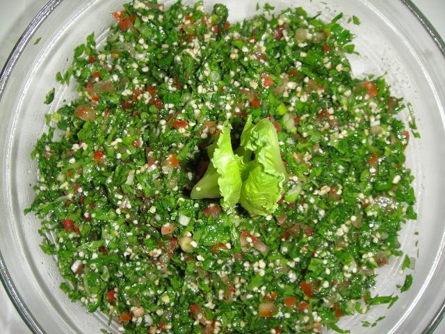 http://www.encyclopediacooking.com/upload_recipes_online/uploads/images_how-to-make-easy-homemade-tabbouleh-salad-recipe7.jpg